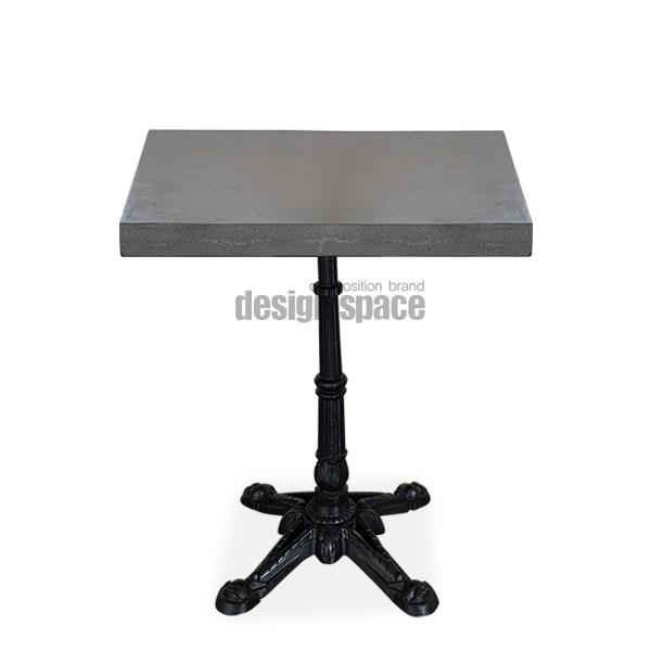 hard square table<br>(하드 스퀘어 테이블)